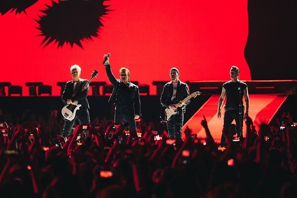 STIV AVERIL: Uzbudljiva saradnja sa U2