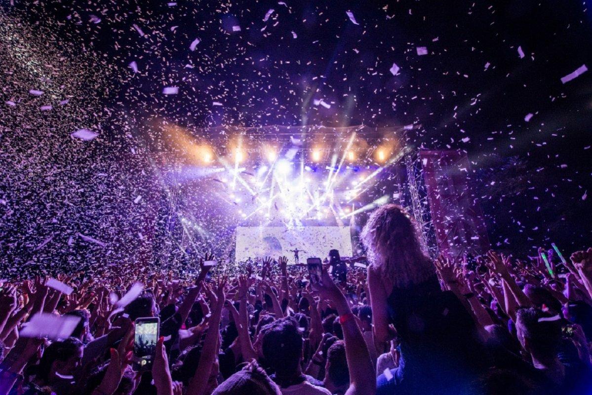EXIT je zvanično najbolji festival Evrope, objavljeno je sinoć na dodeli Evropskih festivalskih nagrada u Holandiji! EXIT je pobedio u glavnoj kategoriji sa vrtoglavih 350 festivala iz više od 35 zemalja, uz preko milion glasova.